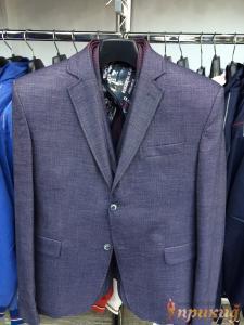 Пиджак укороченный, приталенный серо-синий,с отделкой воротника сиреневой тканью в клеточку