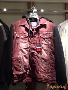 Ветровка красная джинсовая со стрейчем DSQUARED