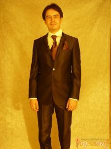 Свадебный костюм коричневого цвета Gioberti