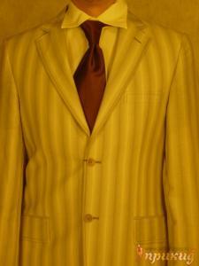 Мужской полосатый светлый костюм на двух пуговицах Giovane Gentile