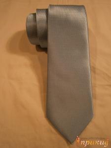 Бледно-лазуревый галстук