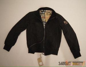 Чёрная куртка BURBERRY